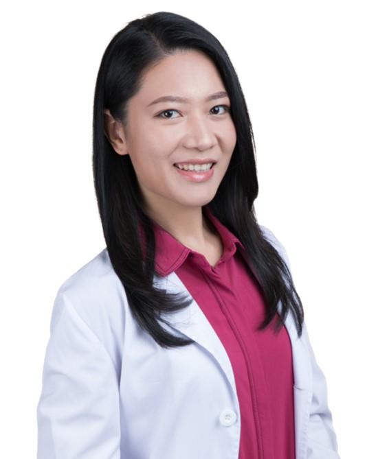 註冊中醫師李嘉欣