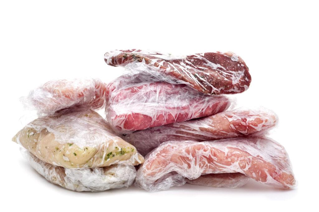 急凍食物如牛肉、豬肉、海鮮等是香港常見家用食材。