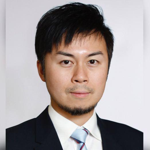 眼科專科醫生陳頌恩